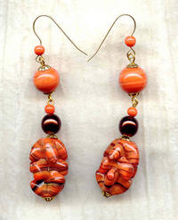 Vintage Japanese Chocolate-Swirled Coral Necklace and Earrings Set