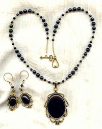RAVEN'S WING NECKLACE AND EARRINGS SET: Black Onyx Cabochons and Beads