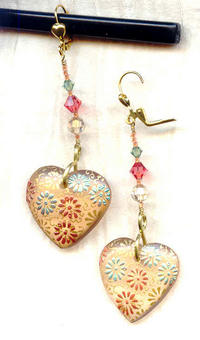Daisies Jewelry Set: Handpainted Peach Floran Pendants and Crystal