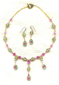 Handmade Vintage Floral Lt Green Lampwork Necklace and Earrings Set
